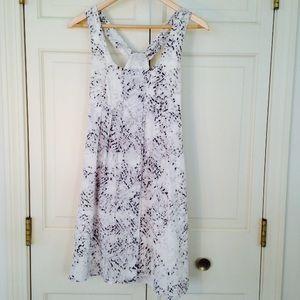 Jessica Simpson dress!